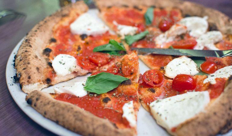 pizzeria a castagneto Carducci